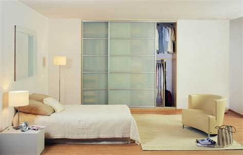 sliding bedroom doors closet doors sliding and different materials used to make 13173