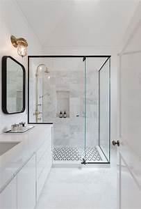 Les 25 meilleures idees de la categorie salle de bains sur for Salle de bain design avec image encadree décoration