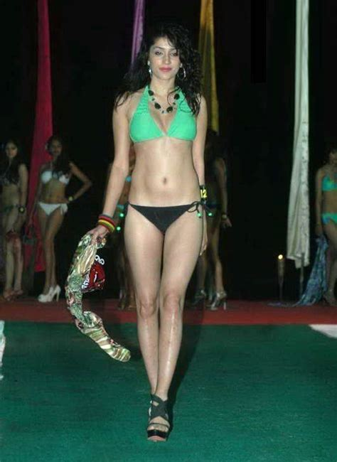 hot bikini fashion show in india hot models teen models actresses celebrities
