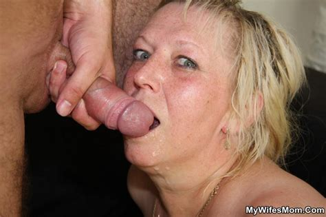 Moms Who Swallow Cum