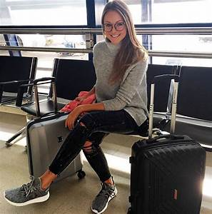 25+ best ideas about Cute airport outfit on Pinterest | Cute everyday outfits Comfortable ...