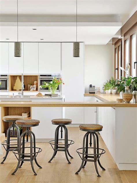 cuisine contemporaine bois cuisine contemporaine blanc bois tabouret atelier