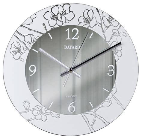 pendule cuisine moderne pendule murale silencieuse argentée decor floral pendule