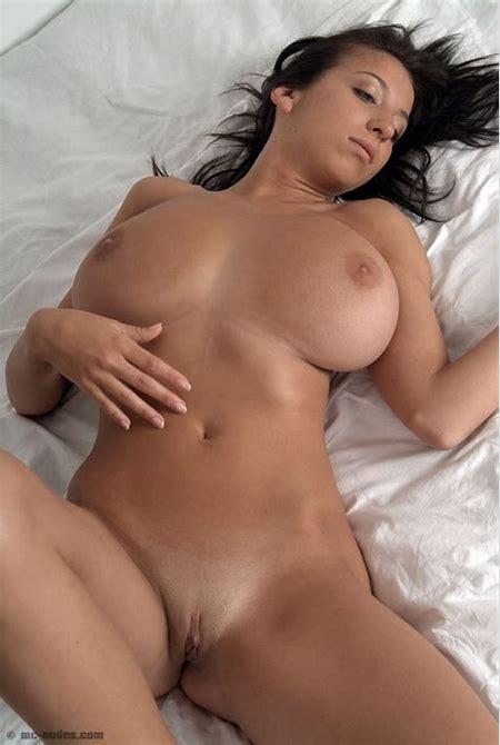 Princessa Voluptuous | Curvy Erotic