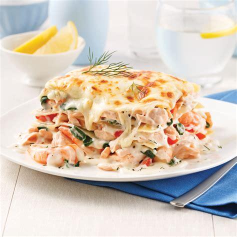 cuisiner crevette lasagne au saumon et crevettes recettes cuisine et