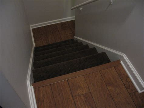 Laminate Flooring: How To Put Down Laminate Flooring On Stairs
