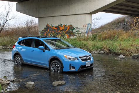 Cross Trek Subaru by 2016 Subaru Crosstrek Review Autoguide News