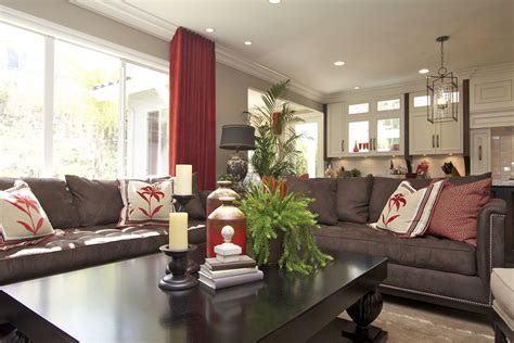 stylish transitional family room    robeson
