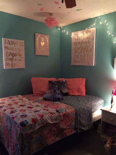 ideas  maroon bedroom  pinterest