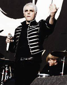 1000+ images about My chemical romance on Pinterest | My ...