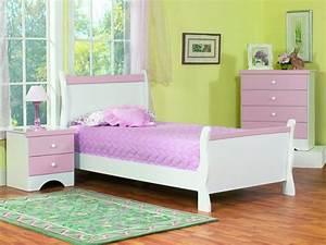 Teppich Für Mädchenzimmer : m bel kinderzimmer 39 beispiele wie sie mit farbe einrichten ~ Sanjose-hotels-ca.com Haus und Dekorationen