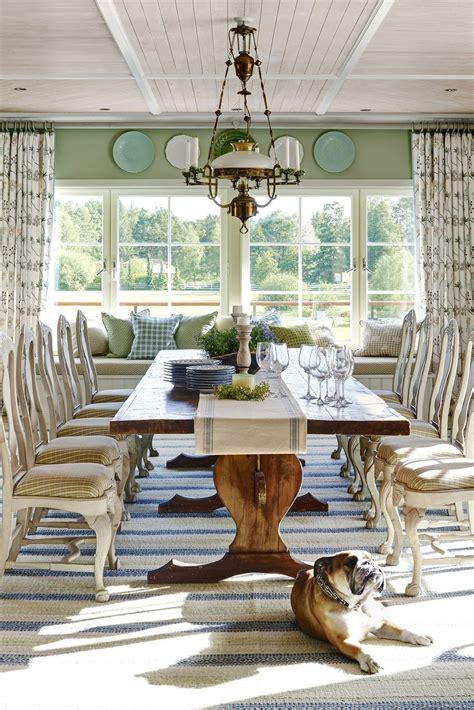 Stylish Living Room Ideas From Floral to Family Friendly