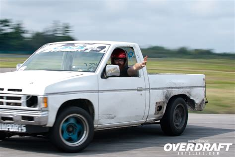 nissan pickup drift topp drift sept 2 ben 39 s lens overdraft auto
