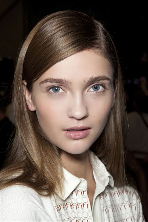 How to Flat Iron Hair: Mistakes to Avoid | StyleCaster