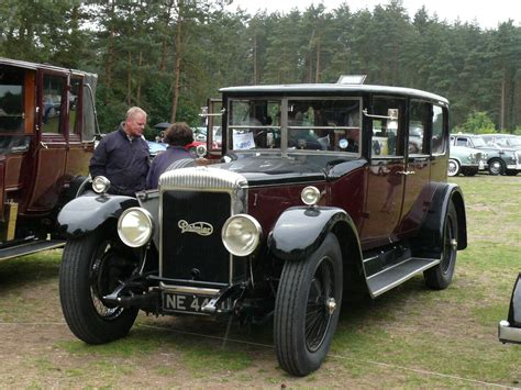 Built in 1925, the vehicle was restored in the 1980's and repainted about three years ago. Daimler 30hp 1925 | Vintage trucks