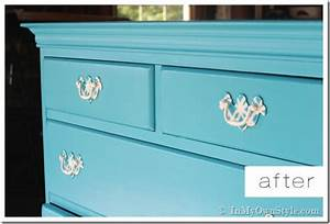 How to Paint Furniture: Old Wooden Chest of Drawers In
