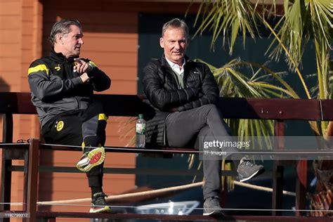 Aug 27, 2021 · sporting lisbon vs borussia dortmund. Sporting director Michael Zorc of Borussia Dortmund and ...