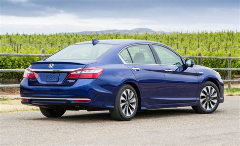 Refreshed 2017 Honda Accord Hybrid Pricing Rises By $300