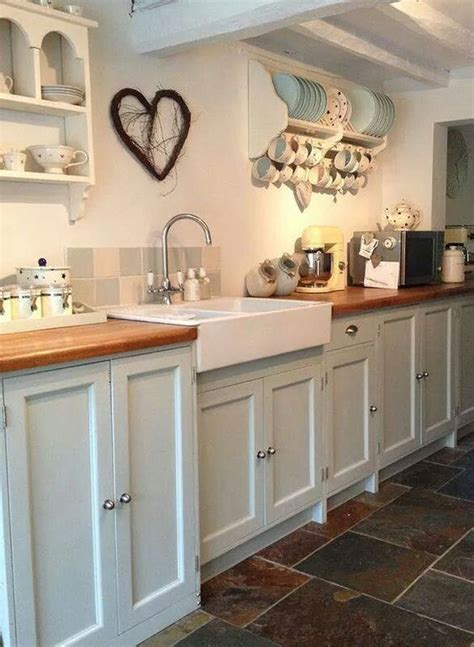Farmhouse Cottage Style Kitchen Flagstone Floor Apron Sink