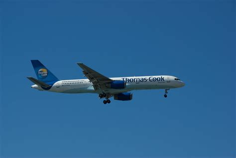 Thomas Cook Boeing 757 | A Thomas Cook Boeing 757-200 on ...