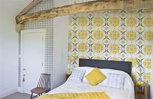 papier peint tendance 50 idees pour une maison moderne With idee deco papier peint chambre adulte