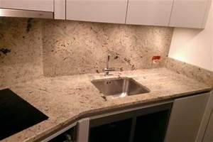 Plan De Travail Cuisine Granit : plan de travail granit pour votre cuisine et salle de bain ~ Dallasstarsshop.com Idées de Décoration