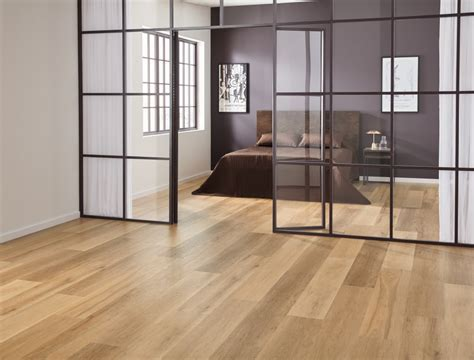 Karndean Korlok Warm Ash RKP8103 Vinyl Flooring