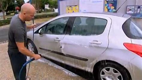 news automoto retour de vacances bien laver sa voiture mytf1