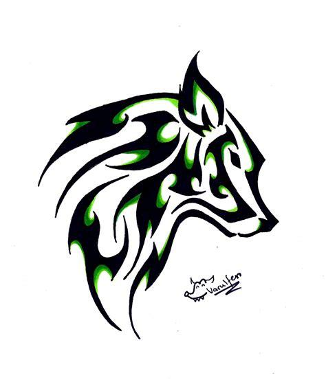 tatouage loup  lune signification