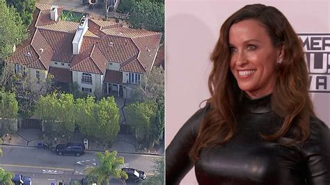 Alanis Morissette's LA home robbed of $2 million in ...