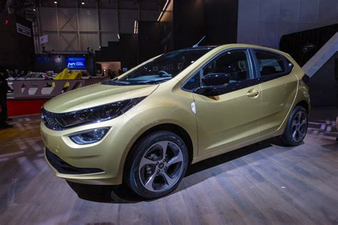 Tata Altroz Breaks Cover At The 2019 Geneva Motor Show