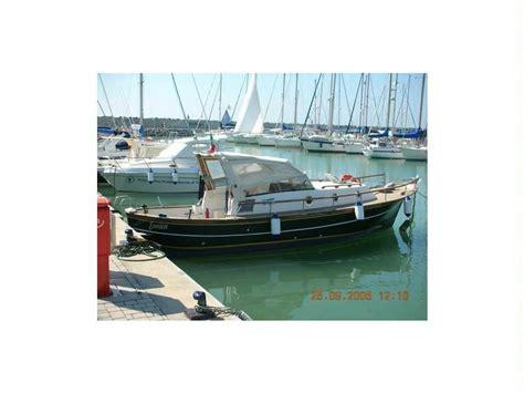gozzi cabinati gozzo cabinato in lazio barche a motore usate 57505