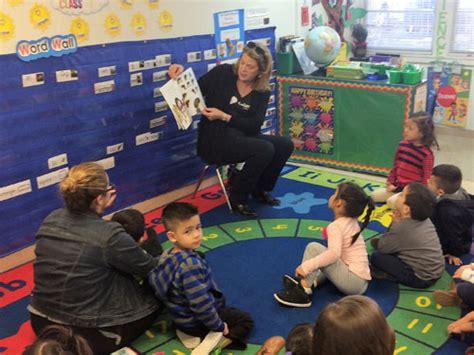 mi escuelita preschool give wings 527 | volunteer slider 1