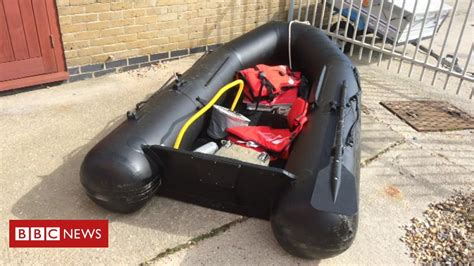 Suspected migrants found in dinghy off Dover coast - BBC News
