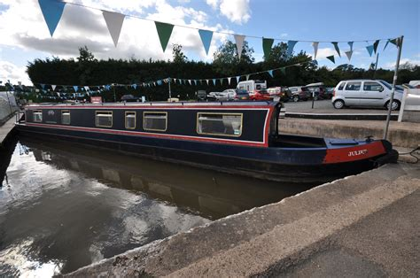 Alvechurch Boat Hire by Alvechurch Marina Juliet A 55ft 2000 Heritage Boats 6
