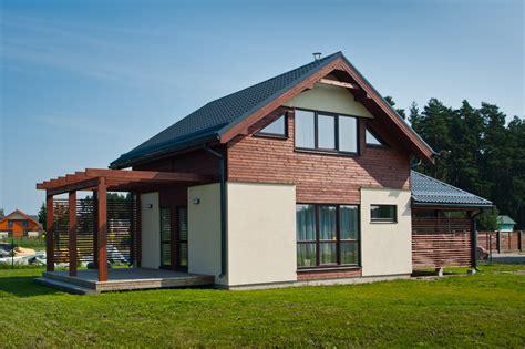 Mājas - Dzīvoklis, māja, zeme, birojs vai noliktava - nekustamais īpašums Latvijā, ARCO REAL ESTATE