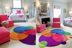 deco des tapis tout fous multicolores et destructures With tapis de marche avec canapé démontable ikea