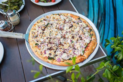 menu blue  pizza