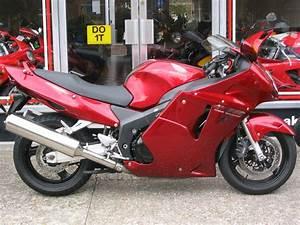 Honda Cbr 1100 Xx : 2007 honda cbr 1100 xx pics specs and information ~ Medecine-chirurgie-esthetiques.com Avis de Voitures