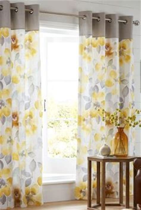 yellow and white curtains uk 1000 ideas about yellow curtains on curtains