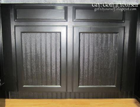 giy goth it yourself kitchen makeover diy trash bin beadboard wallpaper cabinets wallpapersafari