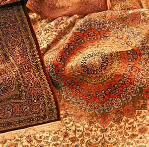 specialiste du nettoyage traditionnel des tapis en soie a With tapis a paris