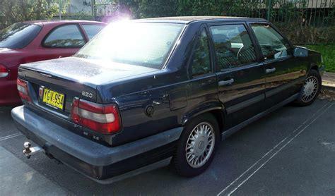 File:1994-1997 Volvo 850 SE sedan 03.jpg - Wikimedia Commons