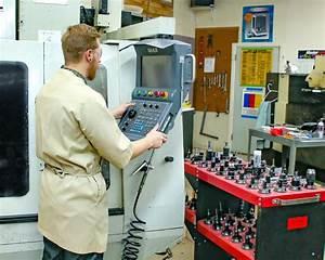 Boulder  Colorado  Usa Skilled Machine Shop Services