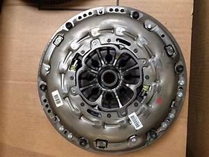 Volant Moteur Megane 2 : arrivage double volant moteur 1 9 2 0 2 2dci renault d 39 origine destockage ~ Gottalentnigeria.com Avis de Voitures