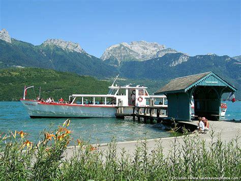 grande photo de l embarcad 232 re du port de jorioz au bord du lac d annecy