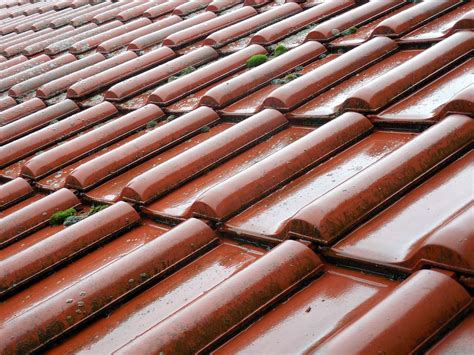 tile vs shingle roofs what s the difference hercules