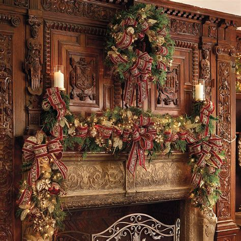 plaza pre lit decorated christmas wreath cordless led frontgate christmas de traditional
