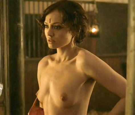 laura howard british actor nude