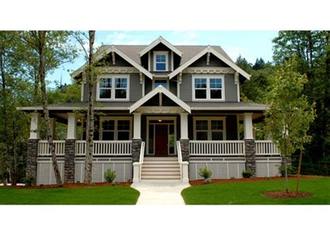 Craftsman Front Elevation Plan #509-35